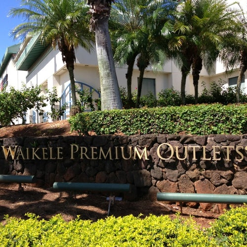 Get Spring Ready at Waikele Premium Outlets!