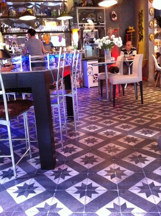 Fes Cafe