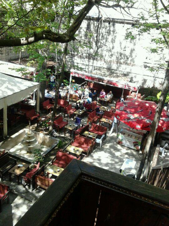 Lalezar Çay Bahçesi