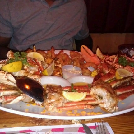 Sammy's Shrimp Box Restaurant - City Island - 64 City Island Ave