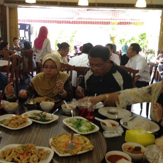 Photo taken at Homst Restaurant by Syamil I. on 5/29/2012