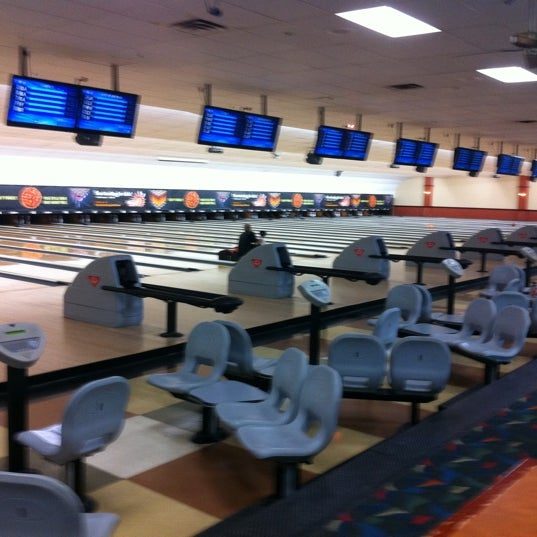 Photo taken at AMF All Star Lanes by Tom M. on 7/13/2011