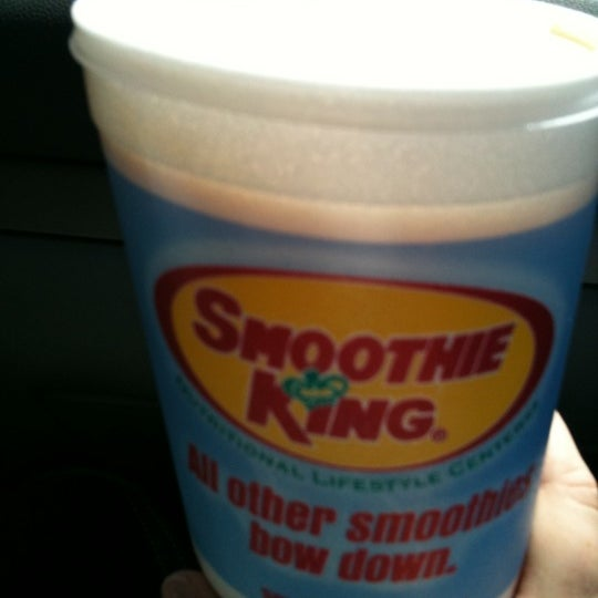 Photo taken at Smoothie King by Lori M. on 9/10/2011