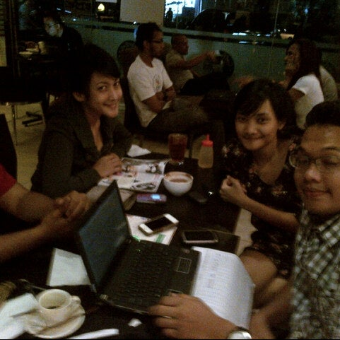 Photo taken at CoffeeBen's & Resto by theresia y. on 8/9/2012