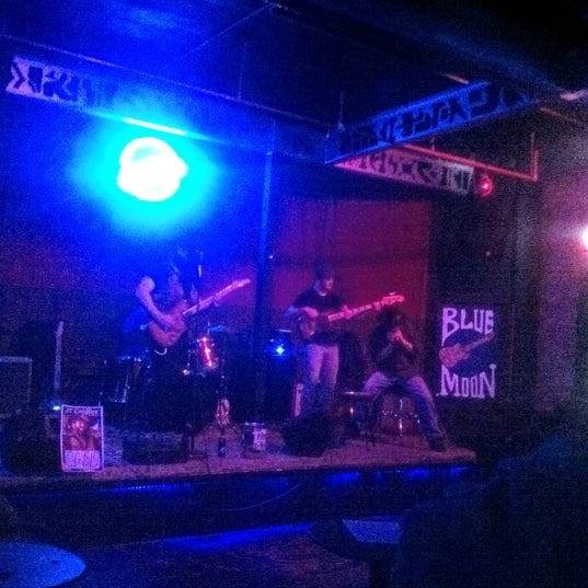 Photo taken at Blue Moon by Alec P. on 3/13/2012