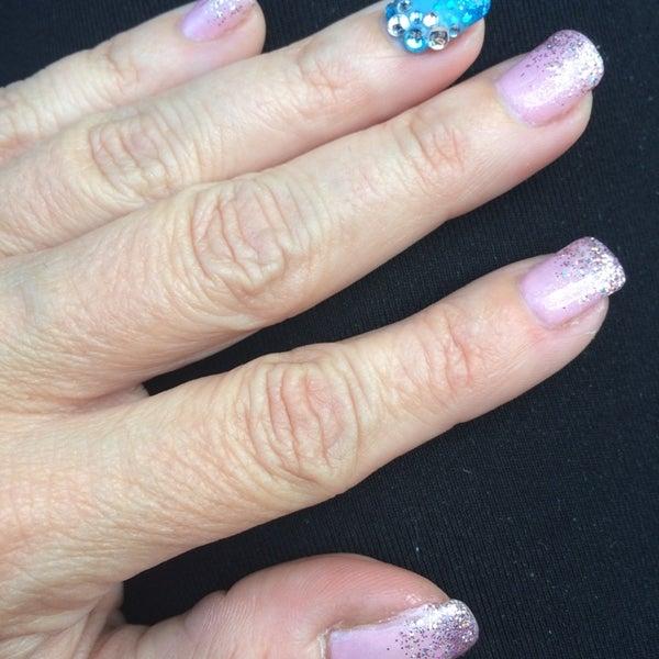 Highland Nails & Spa