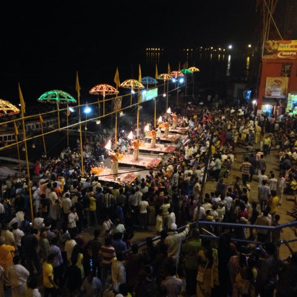 Photo taken at Dasaswamedh Ghat by Wesley C. on 5/4/2014