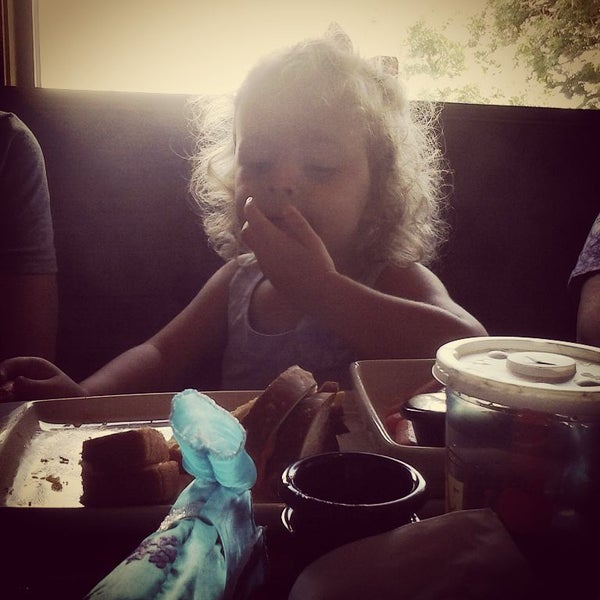 Photo taken at Applebee's by Emily G. on 8/5/2015