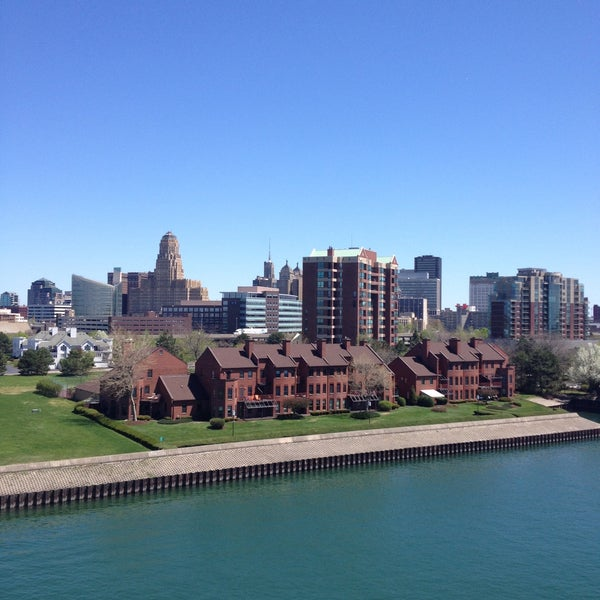 Where's Good? Holiday and vacation recommendations for Buffalo, United States. What's good to see, when's good to go and how's best to get there.