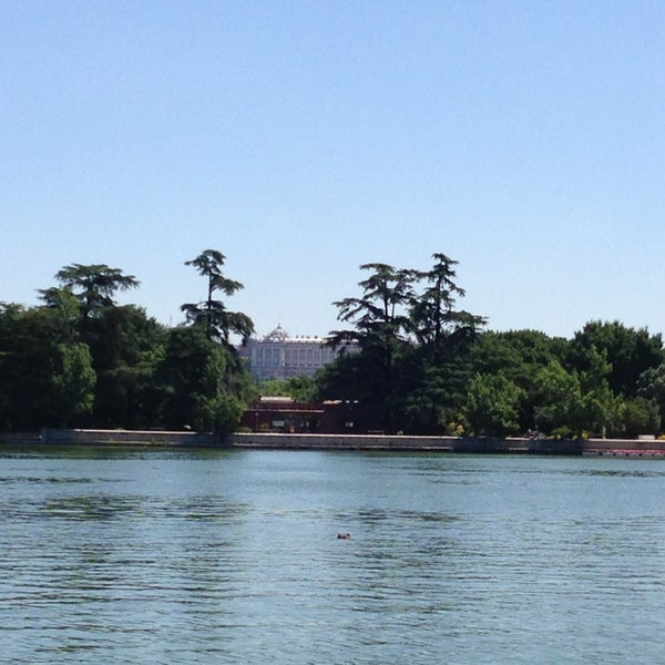 Photo taken at Lago de la Casa de Campo by Alexandrine L. on 6/22/2013