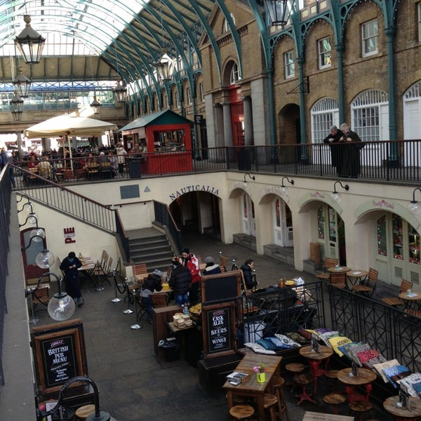 Photo taken at Covent Garden Market by Elif on 1/30/2013