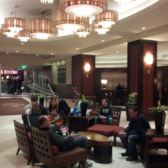 Photo taken at San Francisco Marriott Marquis by Ede H. on 9/18/2012