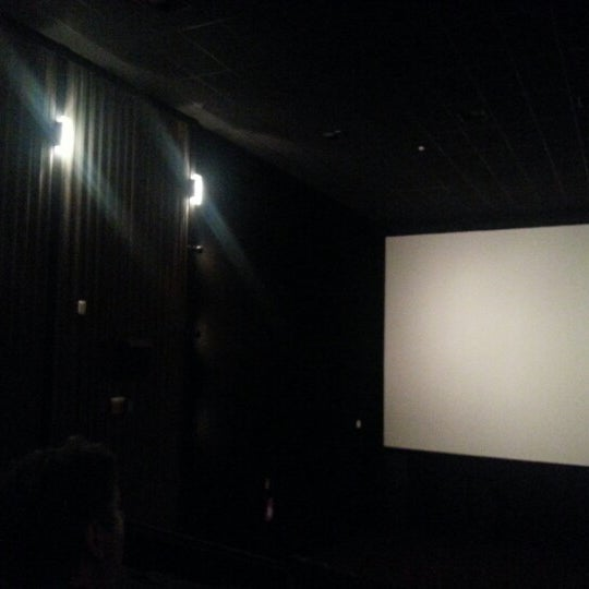 Photo taken at Cinespaço Beiramar by Meira J. on 1/30/2013