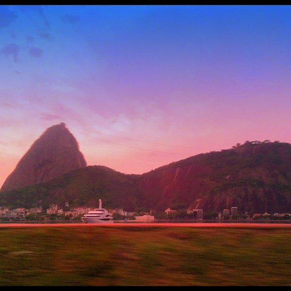 Photo taken at Aterro do Flamengo by Nathalia G. on 12/12/2012