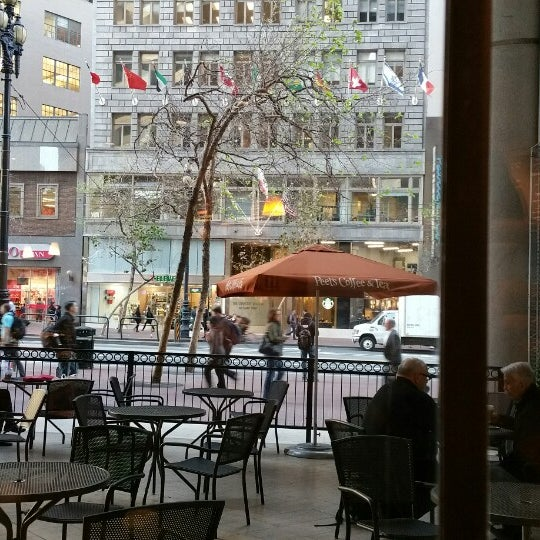 Photo taken at Peet's Coffee & Tea by Erdal T. on 3/10/2015