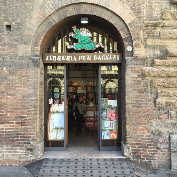 Giannino stoppani libreria per ragazzi piazza maggiore for Mobile libreria per bambini