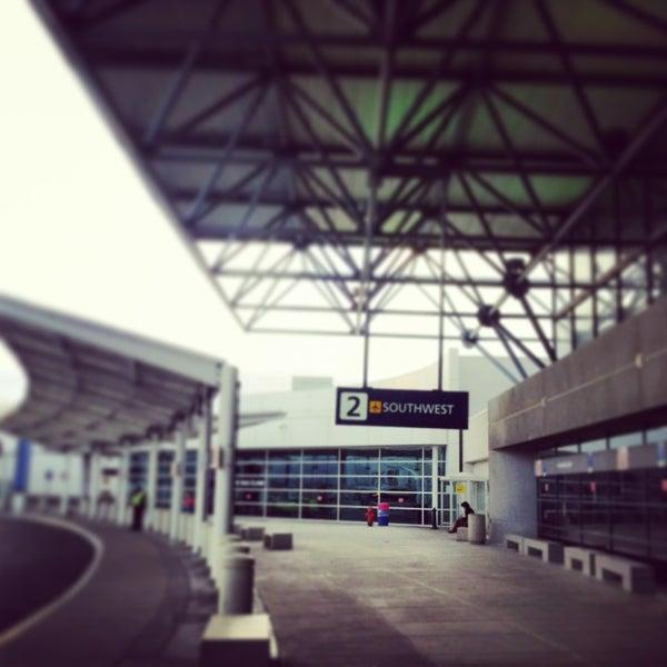 Oakland Airport Parking Find Oak Airport Parking Autos Post