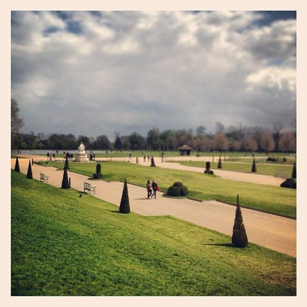 Photo taken at Kensington Gardens by Paulo B. on 4/26/2013