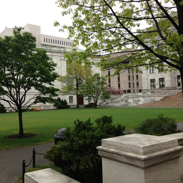 Photo taken at Harvard Medical School Quadrangle by Jason M. on 5/9/2013