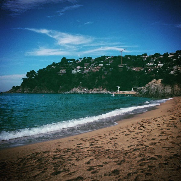 Photo taken at Cala Canyelles by Juanma on 5/3/2015