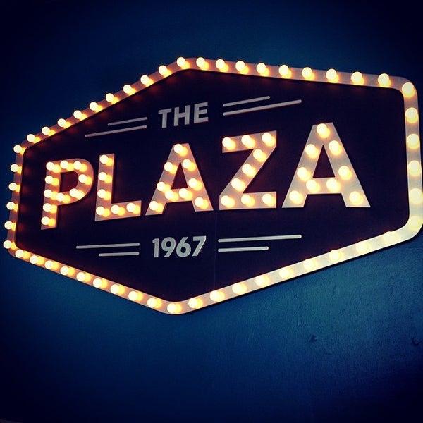 plaza maplewood theater maplewood oakdale maplewood mn