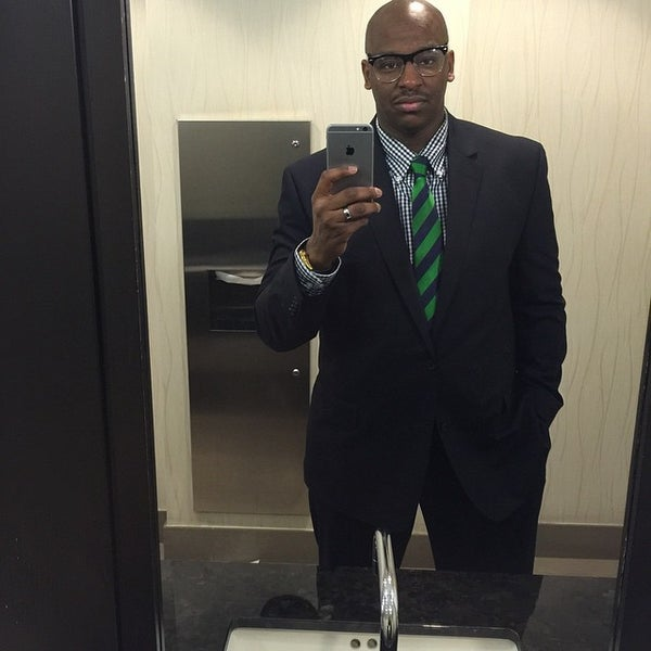 Photo taken at The Westin Prince, Toronto by Reuel W. on 4/8/2015