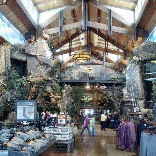 Denver Shooting Wiki: Bass Pro Shops