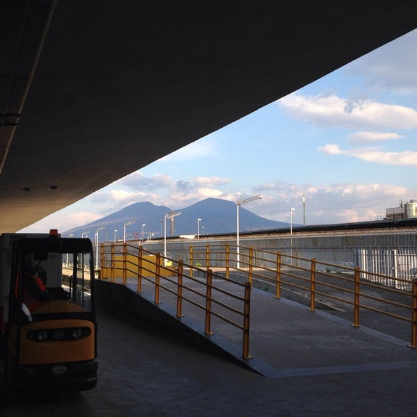 Photo taken at Stazione Napoli Centrale by Pontix on 3/9/2014