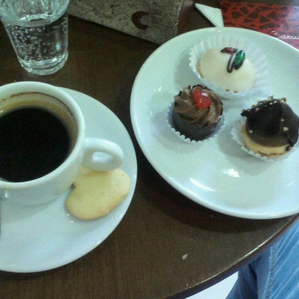 Photo taken at Confeitaria Barcelona by Jeff d. on 3/7/2013