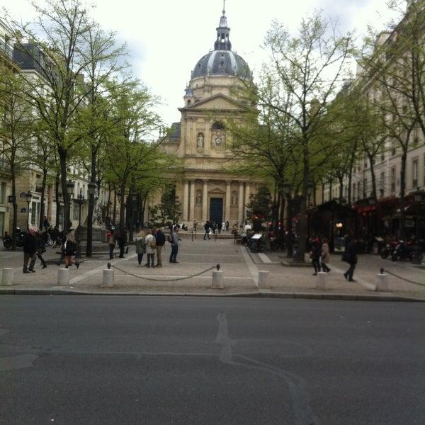 Restaurant Avenue De La Bourdonnais Paris
