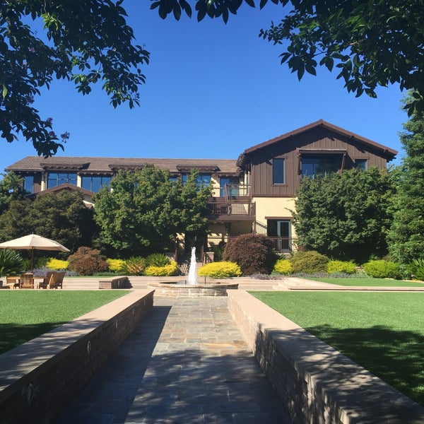 Gorgeous campus with some of the best minds in the Valley. This isn't a food review-- Software is Eating the World.
