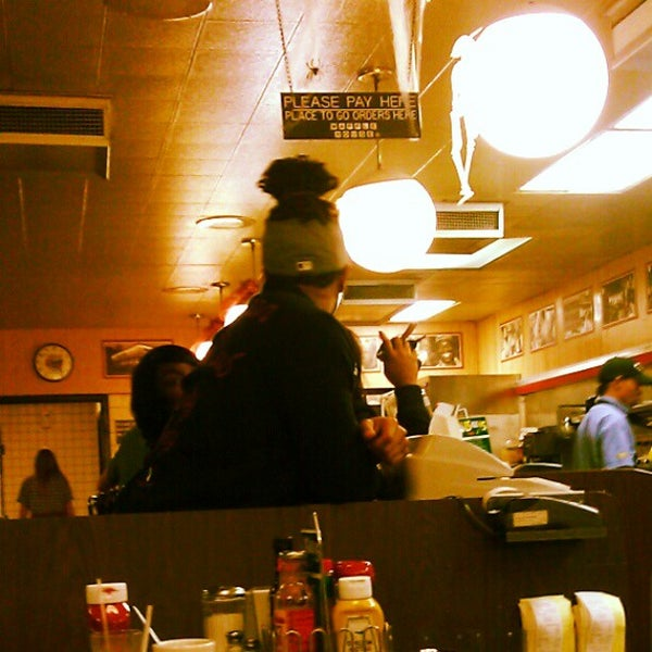 Photo taken at Waffle House by Aok M. on 11/1/2012