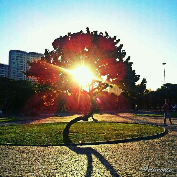 Photo taken at Aterro do Flamengo by Rodrigo M. on 10/13/2012