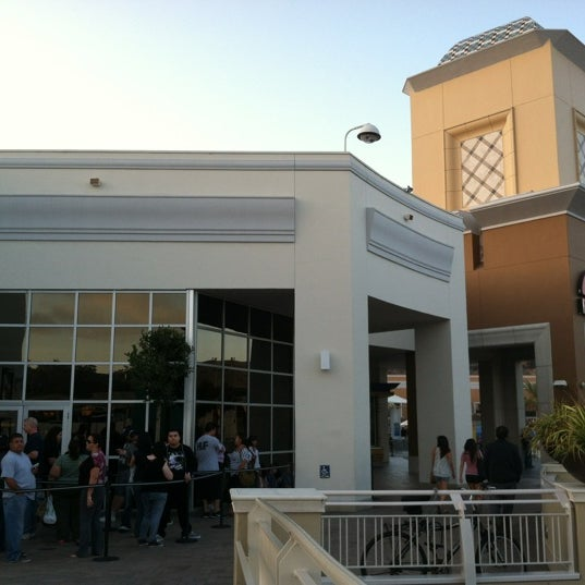 Photo taken at AMC Fashion Valley 18 by Chuck @. on 9/26/2012
