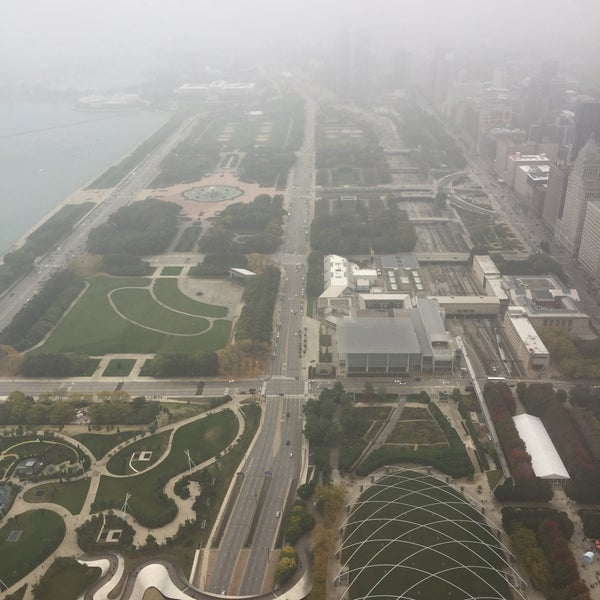 Photo taken at Aon Center by Andresito F. on 10/15/2016