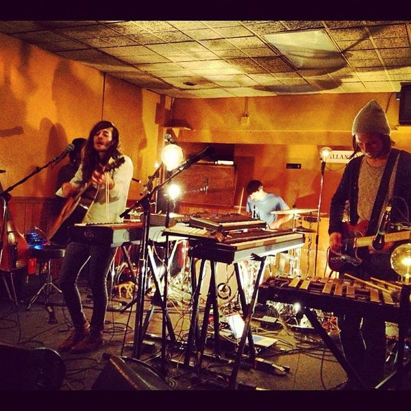Photo taken at The Beachland Ballroom & Tavern by Meredith on 11/22/2012