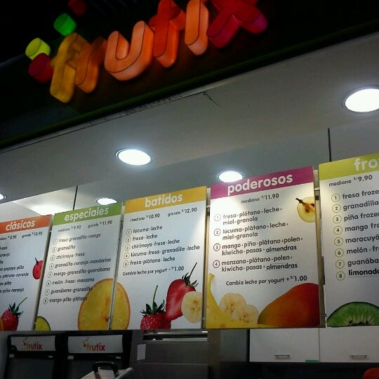 Photo taken at Frutix by Fernando V. on 2/12/2013