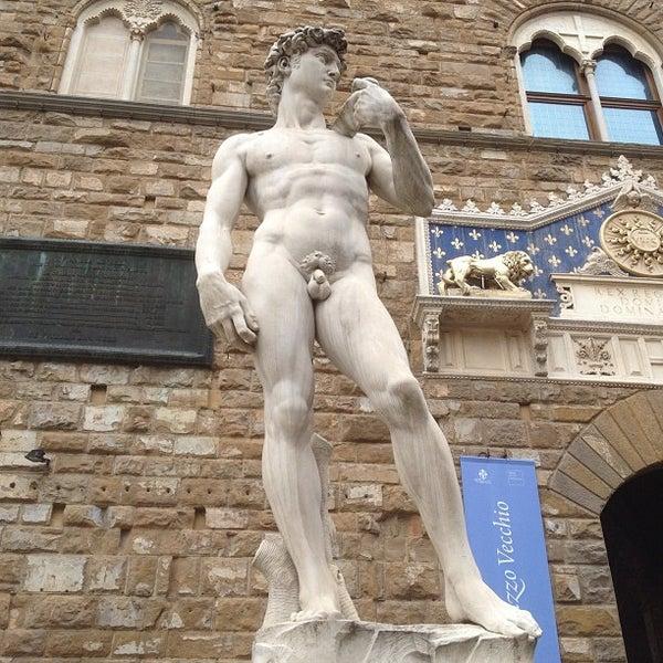 Photo taken at Galleria degli Uffizi by Svetlana P. on 5/5/2013