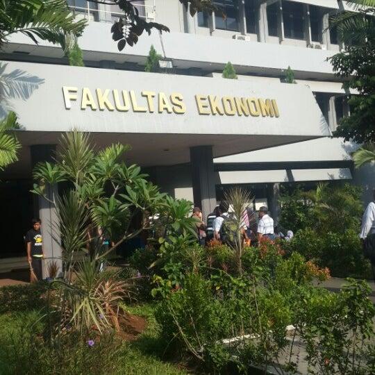 Ekonomi Universitas Pancasila Universitas Pancasila by
