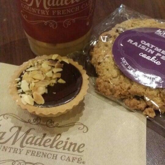 Photo taken at La Madeleine Country French Café by Eduardo C. on 7/10/2015