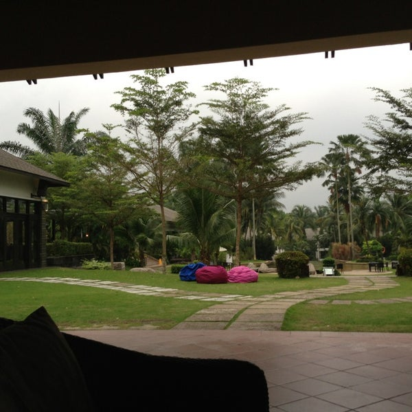 Photo taken at Cyberview Lodge Resort & Spa by Khairul A. on 3/28/2013