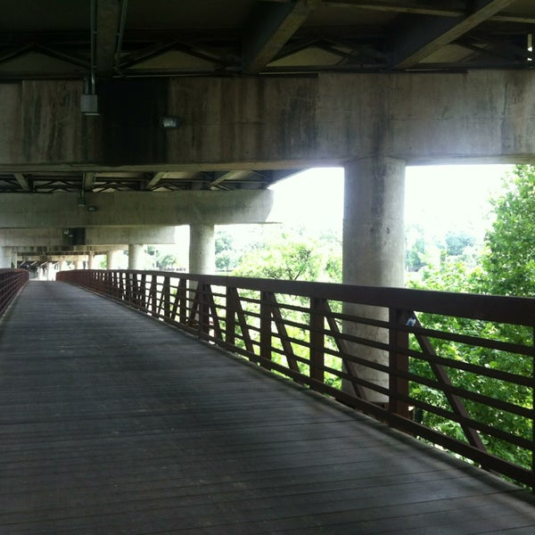 Photo taken at Memorial/Allen Parkway Trails by iDork 👹 G. on 7/28/2013