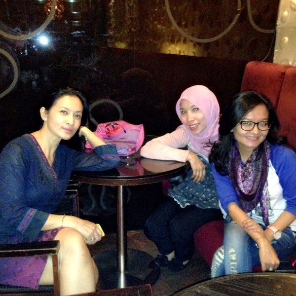 Photo taken at de`EXCELSO by Fitria R. on 8/20/2014