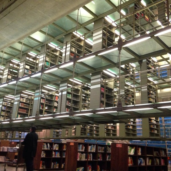 Photo taken at Biblioteca Vasconcelos by Sarai R. on 3/9/2014