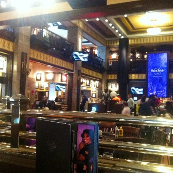 Photo taken at Hard Rock Cafe Washington DC by Mehmetali Y. on 5/30/2013