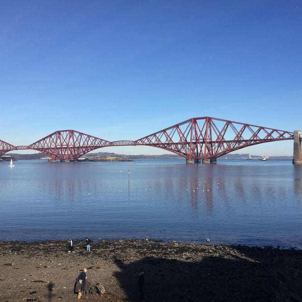Where's Good? Holiday and vacation recommendations for Dunfermline, United Kingdom. What's good to see, when's good to go and how's best to get there.