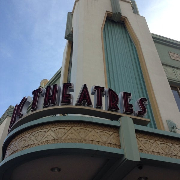 Photo taken at Pacific Theaters Culver Stadium 12 by Luis L. on 1/11/2014