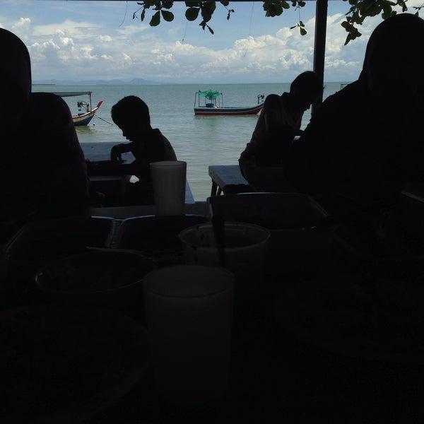 Photo taken at Teluk Tempoyak by fina n. on 11/8/2015