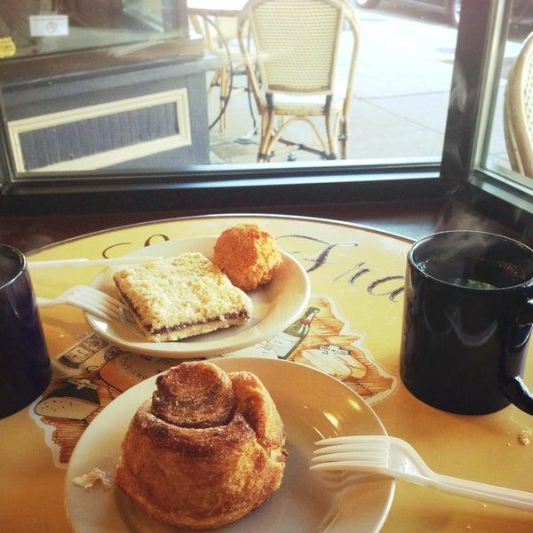 Photo taken at Seven Stars Bakery by Minhee K. on 10/10/2014