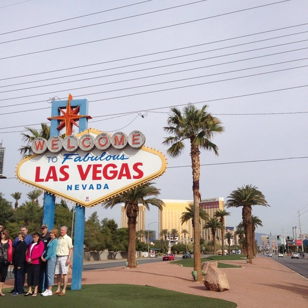 Photo taken at Welcome To Fabulous Las Vegas Sign by Lindsay S. on 3/5/2014